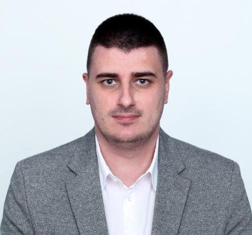 Rukovodilac Dentalne klinike - Slaven Bećarević, dipl. ek.