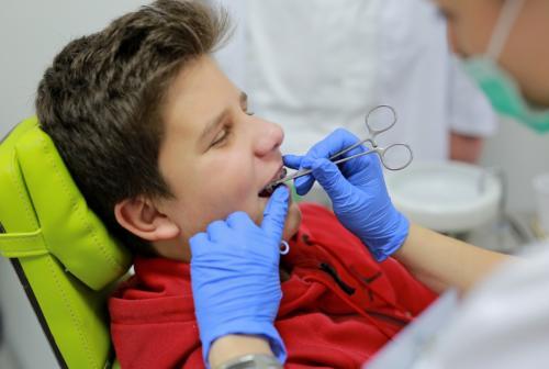 Dental 025